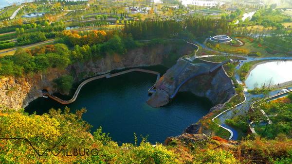 2012年度美国景观设计师协会(ASLA)专业奖·综合设计荣誉奖——上海辰山植物园矿坑花